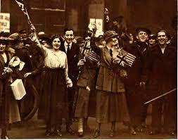 Londoners wave union jack after WWI