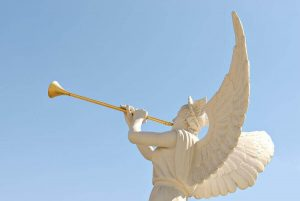 The angel sounds the trumpet