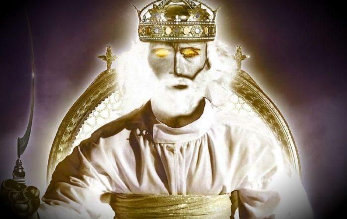 Isus stă pe tronul său cu secera în mână