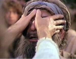Jesus opens eyes of blind man
